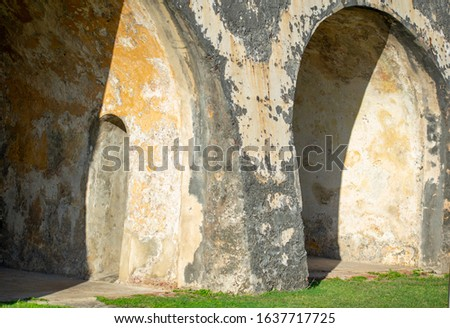 Aged Rustic Arches with Exposed Brick #1637717725