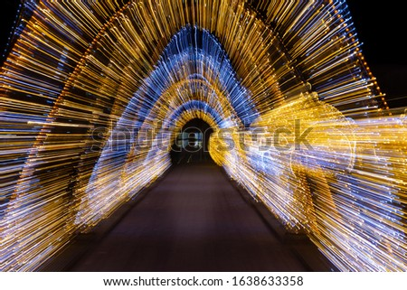 Zoom burst picture in Magdeburg christmas market