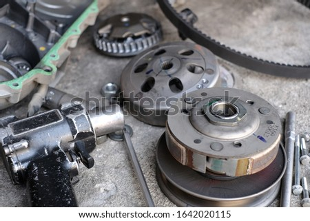 Mechanic to repair or check the motorcycle belt system, the engine belt system of the engine #1642020115