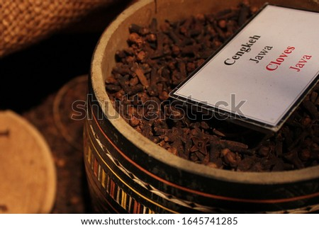 clove is the raw material for making cigarettes, there are several cloves in Indonesia, Bali cloves, Toli Toli cloves and cloves from Java (focus selection) #1645741285