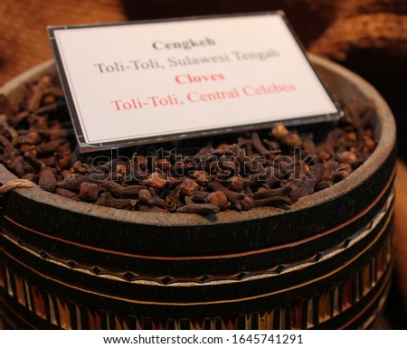 clove is the raw material for making cigarettes, there are several cloves in Indonesia, Bali cloves, Toli Toli cloves and cloves from Java (focus selection) #1645741291