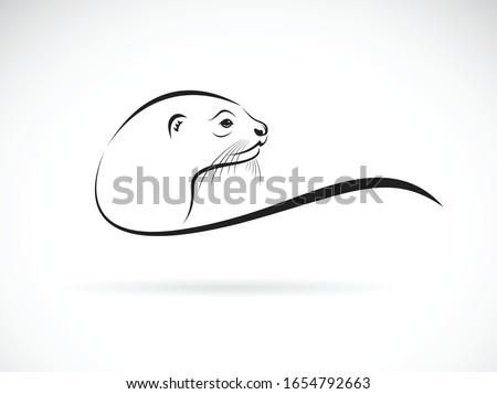 Vector of otter head design on white background. Wild Animals. Easy editable layered vector illustration.