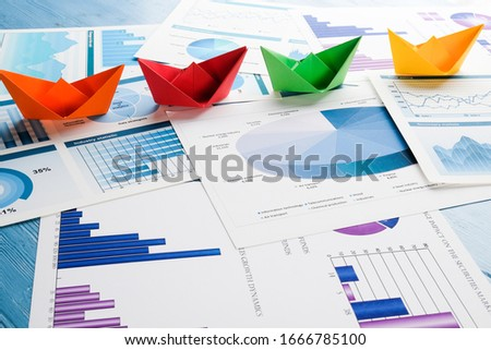 paper boats and desktop graphics