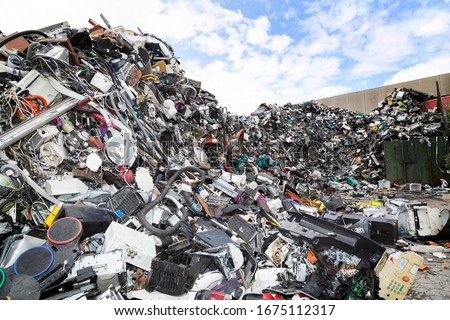 Electronic waste and garbage for recycling Royalty-Free Stock Photo #1675112317