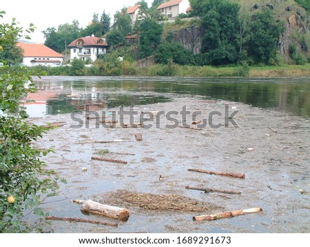 picture is reported by the floods in prague 2006. It was a disaster