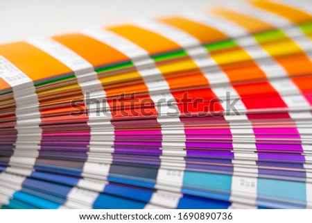 Horizontal photograph of the catalog of color samples to be chosen for graphic and printing