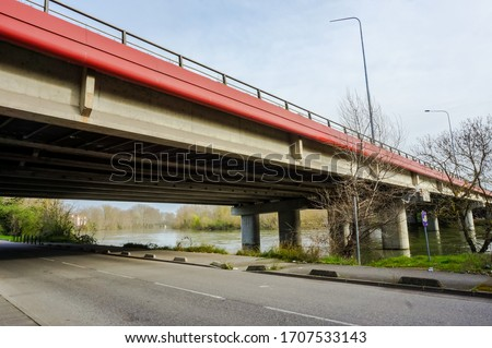 The girder bridge Pont d'Empalot in Toulouse, France ; this highway viaduct featuring prestressed concrete beams crosses the River Garonne and supports the six-lane expressway of Toulouse ring road #1707533143