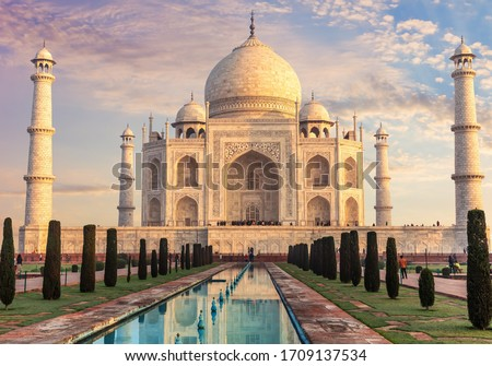 Taj Mahal, place of visit in India, Agra #1709137534