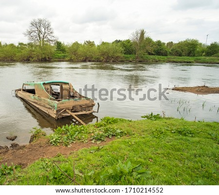 Small river boat sunk example #1710214552