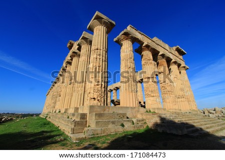 selinunte temple of hera ancient Greek city situated on the southwestern coast of Sicily #171084473