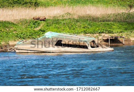 Small river boat sunk example #1712082667