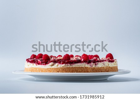 Clean picture of a Raspberry Cheesecake