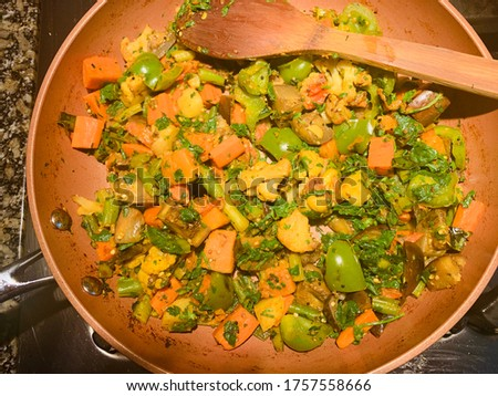 Traditional Indian mixed vegetable curry picture.
