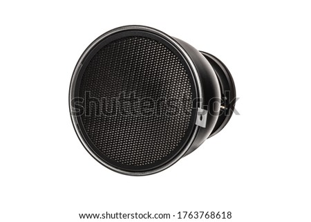 Reflector with Honeycomb Grid Light Modifier with Bowens Mount for Studio Strobes and Flashes. Silver Reflector Bowl and Honeycomb Grid to Constrain and Modify the Light Clipping Path Included in JPEG