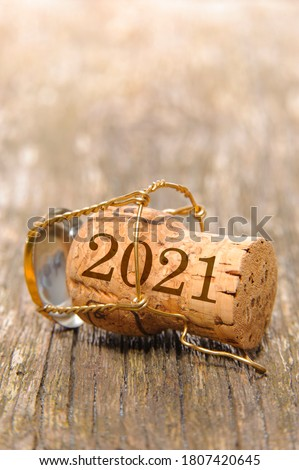Champagne cork with year date 2021 #1807420645