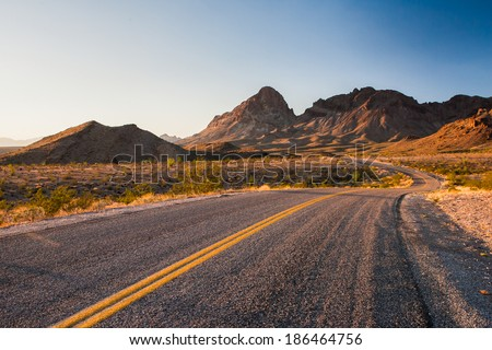 beutiful stretch of historic route 66 Royalty-Free Stock Photo #186464756