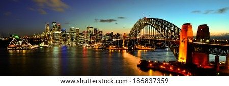 Sydney Harbour night time Panorama viewed from Kirribilli in North Sydney Royalty-Free Stock Photo #186837359