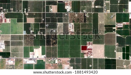 the red zone, United States, abstract photography of relief drawings in fields in the U.S.A. from the air, Genre: abstract expressionism, abstract expressionist photography,