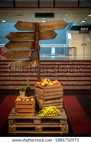 Wooden signage for an event with free fruit for the participants.