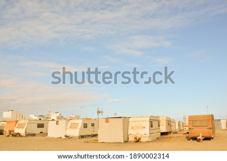 Photo Picture of a Caravan Park in the Desert