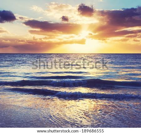 sea sunset #189686555