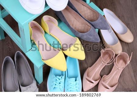 Shoe shelf with women shoes #189802769
