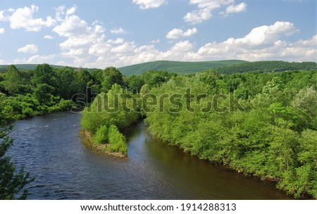 Beautiful scenic eastern Pennsylvania countryside Royalty-Free Stock Photo #1914288313