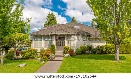 Luxury house at sunny day in Vancouver, Canada. #193102544