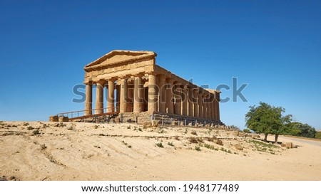 Temple of Concordia, or Tempio della Concordia in Italian language. Ancient Greek architecture. Valley of Temples, Agrigento, Sicily, Italy.