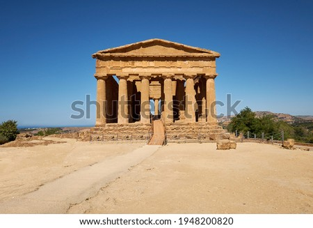 Temple of Concordia, or Tempio della Concordia in Italian. Valley of Temples, Agrigento, Sicily, Italy.