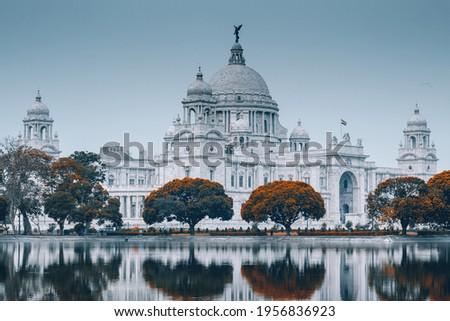 Photos of Victoria Memorial at The maidans of Kolkata