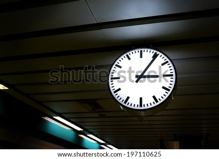 Clock in the station #197110625