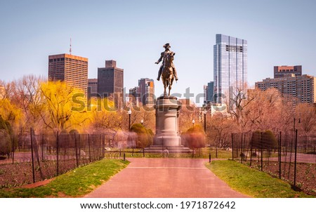 George Washington Statue in Boston Public Garden. Time Passage Long Exposure Photography. The Greatest American Founding Father. Strong American Root.