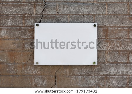 Blank sign on the wall texture