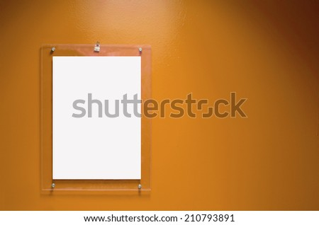Acrylic acrylic signs on the walls brown