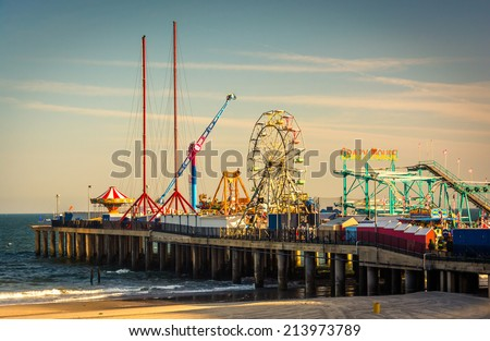 The Steel Pier at Atlantic City, New Jersey. Royalty-Free Stock Photo #213973789