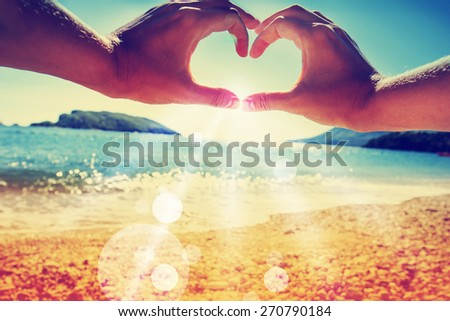 Summer holidays background/ sea background #270790184