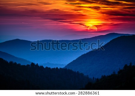 Great Smoky Mountains National Park Scenic Sunset Landscape vacation getaway destination - Gatlinburg Pigeon Forge Tennessee