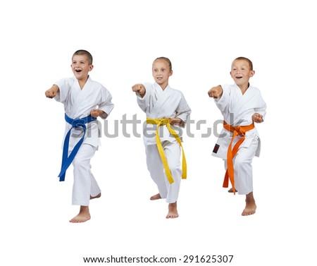 Children in karategi are beating kick gyaku-tsuki #291625307