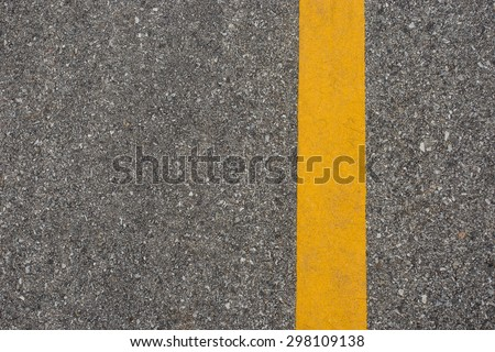 yellow line on road #298109138