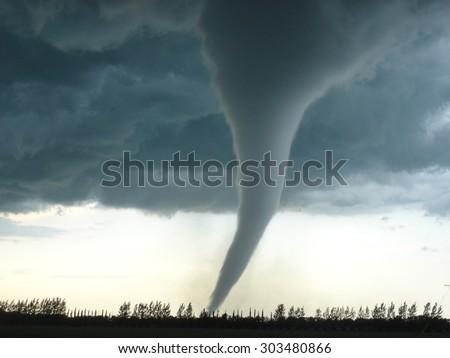 Strongest tornado in Canada