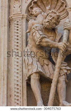 Sicily: Detail of a baroque church  - statue #304075763