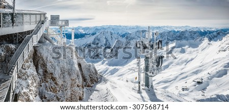 wonderful winter day on the Zugspitze #307568714