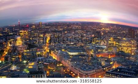 Sunset at London, night panorama. #318558125