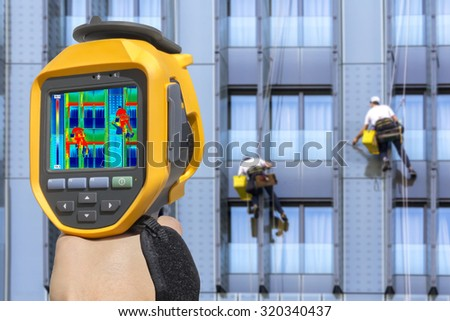 Recording Two climbers wash windows With Thermal Camera #320340437