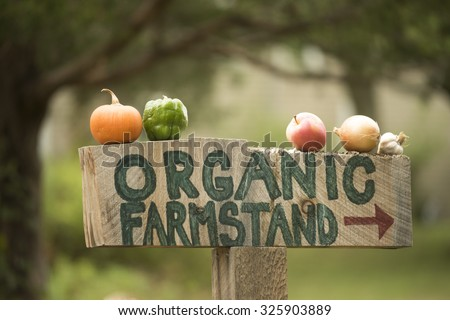 Organic farm stand sign