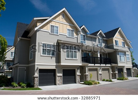 Multifamily Homes #32885971