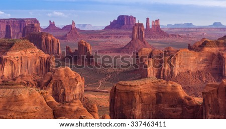View from Hunts Mesa, Monument Valley, Arizona #337463411
