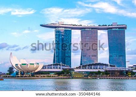 SINGAPORE-Feb 7, 2015: Marina Bay Sands Hotel Royalty-Free Stock Photo #350484146