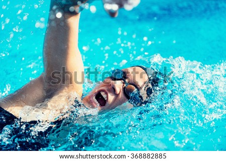 Freestyle swimming action